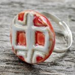 Red & Grey Squares Round Ring