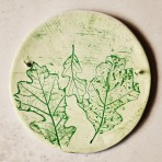 Oak Leaves Wall Hanging – Round
