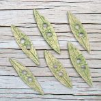 3″ Willow leaf toggle buttons
