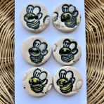 Happy Bumble Bee Buttons